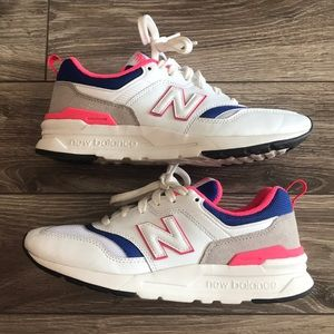 997H New Balance Sneakers